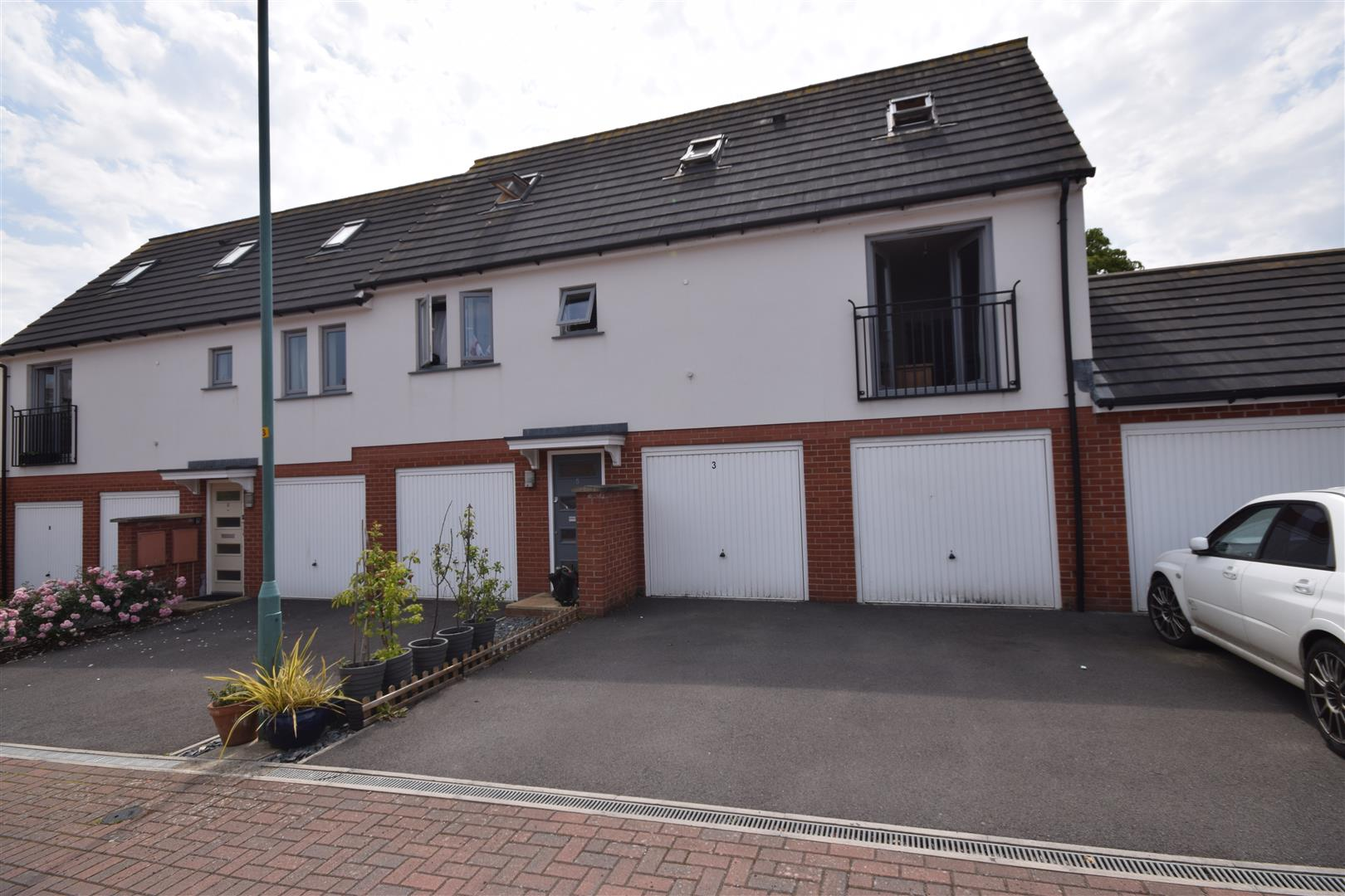 3 bedroom  coachhouse for sale